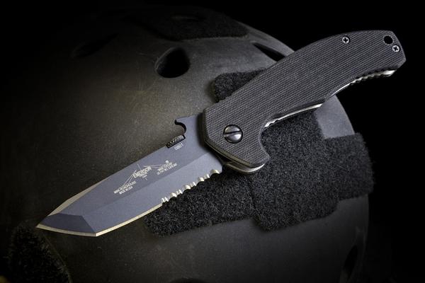 Emerson Knives Mini Roadhouse, Black/Serrated