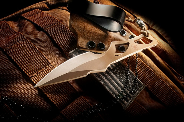 Knife/Spartan Enyo Neck Knife