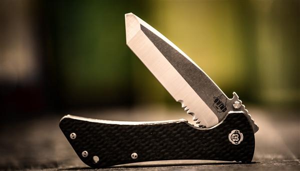 Southern Grind Knife - Bad Monkey Folding Modified Tanto Serrated - Tumbled Satin